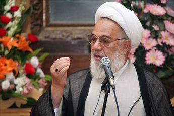 مساجد؛ پارلمان مردمی اند/ روحانیون برای مقابله با جنگ نرم برنامه داشته باشند