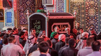 تشییع نمادین پیکر امام جواد (ع) در حرم امام حسین(ع)+ تصویر