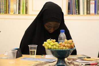 بازدید دختران شیخ زکزاکی از آثار تاریخی مذهبی اصفهان+ عکس