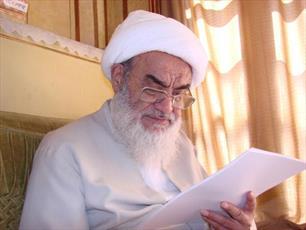 پیروی از عترت لازمه عمل به قرآن    است