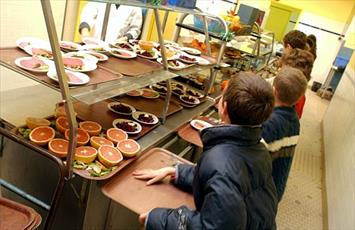 برنامه غذای حلال مدارس لانکشار انگلستان احیاء میشود