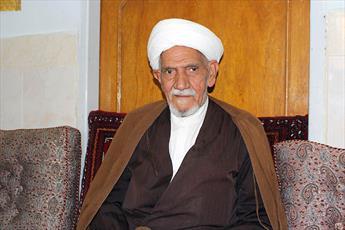 ۵۳ سال افتخار  روضه خوانی و نوکری امام حسین(ع)