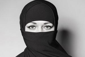 قانون ممنوعیت پوشیه و برقع برای زنان راننده در آلمان تصویب شد