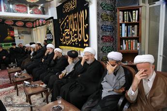 تصاویر/ مراسم عزاداری شب عاشورا در بیت آیت الله العظمی فاضل لنکرانی