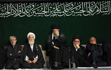 تصاویر/ مراسم عزاداری شام غریبان در حسینیه امام خمینی(ره)