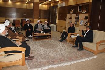 برگزاری نمایشگاه عکس روحانیون حوزه علمیه قزوین در کربلای معلی