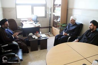 تصاویر/ دیدار نائب رئیس دانشگاه شام سوریه با مسئول مرکز ارتباطات و بین الملل حوزه
