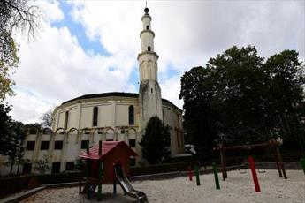 اخراج سعودی ها از مسجد بروکسل قطعی شد
