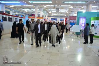 تصاویر/ بازدید آیت الله علیدوست از نمایشگاه مطبوعات