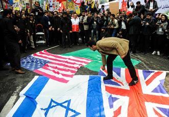 حضور  مردم در راهپیمایی ۱۳ آبان مهر تاییدی  بر حقانیت جمهوری اسلامی است