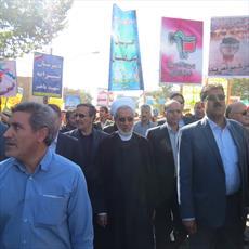 حضورمدیران اساتید و طلاب حوزه علمیه کرمان در راهپیمایی ۱۳ آبان