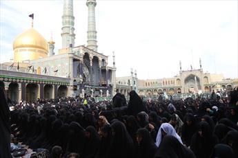 مراسم قرائت زیارت اربعین با حضور عزاداران حسینی برگزار شد