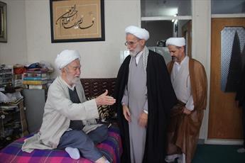عیادت مدیر حوزه علمیه قزوین از آیت الله محمدی تاکندی