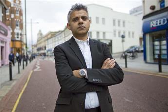 شهردار مسلمان لندن کمپین مبارزه با «چاقو» تشکیل داد
