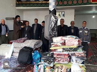 تصاویر/ جمع آوری کمک های مردمی روستای های بیجار توسط طلاب و روحانیون برای زلزله زدگان