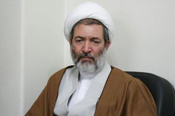 ملت ایران با تمام وجود پای انقلاب ایستاده است
