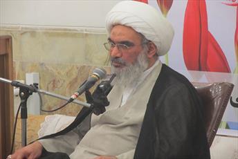 نماینده ولی فقیه در استان بوشهر:  گلریزان آزادی زندانیان جرائم غیر عمد تنها به ماه رمضان خلاصه نشود