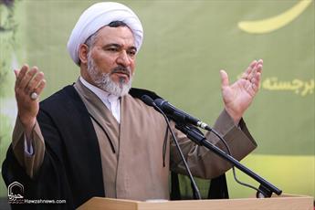 آیت الله معرفت، دانش تفسیر را با نگاه به مراکز علمی اسلامی تولید کرد
