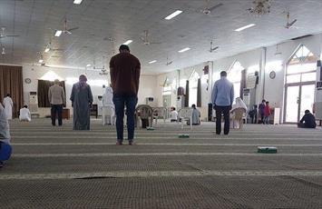 آل خلیفه این هفته نیز مانع برگزاری بزرگترین نماز جمعه شیعیان شد+ تصاویر