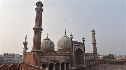 مسجد جهان نمای دهلی با قدمت     ۴قرن شکاف برداشت + تصاویر