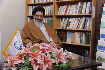 وهابیت از ابتدای تاسیس  بر طبل تفرقه  کوبیده است/ رسانه ها اسلام ناب را معرفی کنند