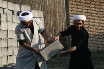 بسیج در سنگر عمران و آبادانی کشور  کارنامه درخشانی دارد