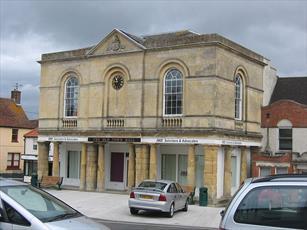 کلیسا و مسجدی در انگلیس ناهار میان ادیانی برپا کردند