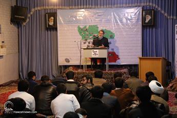 تصاویر/ نشست سیاسی در مدرسه علمیه حقانی