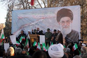 """هیچ مسأله ای نمی تواند به انقلاب اسلامی """"مردم بنیان"""" ضربه وارد کند"""
