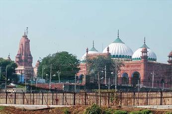 استفاده از بلندگو در بیرون از  مساجد و معابد  ایالت اتارپردیش هند ممنوع شد