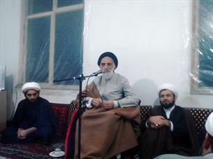 اخلاص حاج شیخ عبدالکریم حوزه قم را درخشان کرد/ حوزیان به فکر پست و مقام نباشند