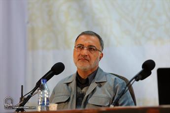 مسئولان از لیبی و قذافی عبرت بگیرند/ قذافی به غرب اعتماد کرد، کشورش نابود شده است