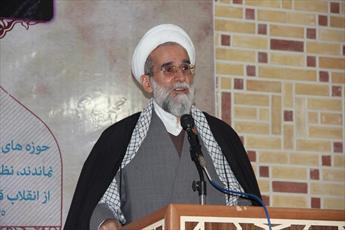 ملت ایران با بصیرت خود، سفره فتنه را جمع کرد