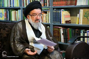 انتقاد امام جمعه موقت تهران از مرثیه خوانی کاسب کارانه