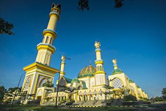 نخستین سازمان «گردشگری حلال» در یک استان اندونزی راه اندازی شد