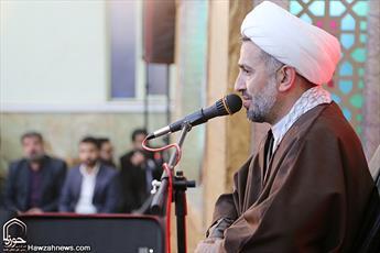 پذیرایی خطیب مشهور از عزاداران و نوکران حسینی + عکس