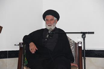 روحانیت دستاوردهای انقلاب را برای تقویت امید در مردم تبیین  کند