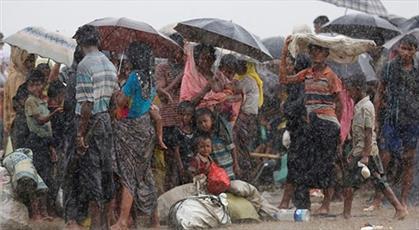 بیش از ۱۰۰هزار نفر از مسلمانان آواره روهینگیا در بنگلادش به دلیل بارش های فصلی در خطرند