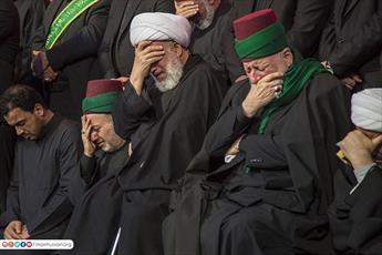 عزاداری مشترک خادمان حرم حسینی و عباسی در شهادت حضرت فاطمه(ع)+تصاویر