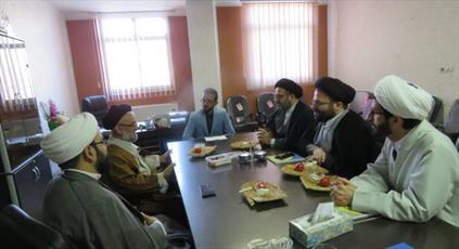 رئیس مرکز ارتباطات و بینالملل حوزههای علمیه کشور وارد سمنان شد