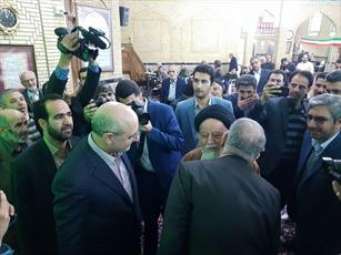 امام جمعه مردمی که او را گروگان گرفتند!!