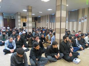 نشست صمیمی مدیر حوزه علمیه تهران با طلاب برگزار شد