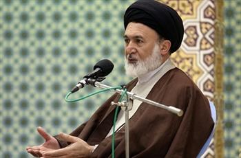 انقلاب اسلامی استقلال را برای کشور به ارمغان آورده است/خودکفایی ایران در عرصههای مختلف