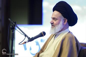 رمز و راز پیشرفت انقلاب اسلامی وجود رهبری و وحدت مردم است/  فضای مجازی به قتلگاه تبدیل شده است