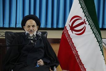 امام جمعه بیرجند از حضور پرشور مردم در جشن انقلاب قدردانی کرد