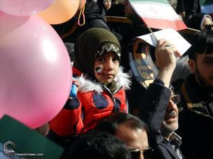 تصاویر/ جشن تماشایی ۲۲ بهمن ماه در همدان