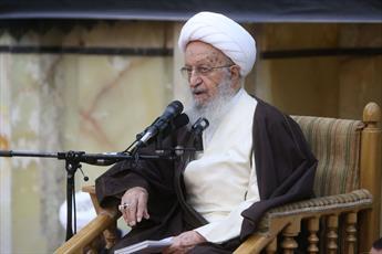 آمریکا با چاشنی ایران هراسی به دنبال فروش سلاح به عربستان است/ مشکل دنیای امروز نفاق سردمداران و مستکبرین عالم است