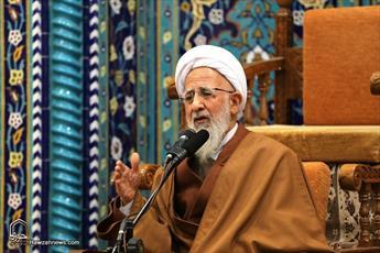 فتنهگری که به جامعه اسلامی و مسلمانها آسیب میرساند باید مجازات شود