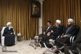 تصاویر/ دیدار اعضای کمیته کرسی های آزاد اندیشی حوزه های علمیه با آیت الله  العظمی نوری همدانی