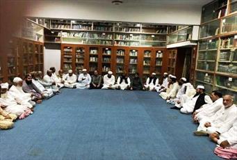با سیاست های دولت پاکستان علیه مدارس دینی مقابله خواهیم کرد